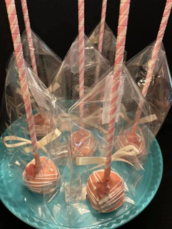 Cake pops pretty in pink