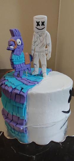 Marshmellow and Llama Cake