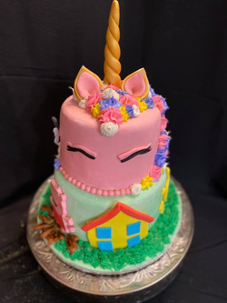 Unicorn and Peppa Pig Cake