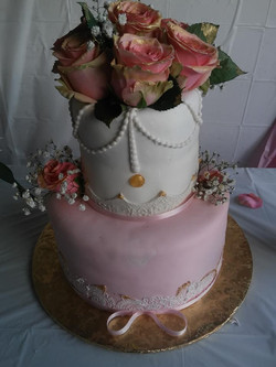 Vintage Pink and White cake