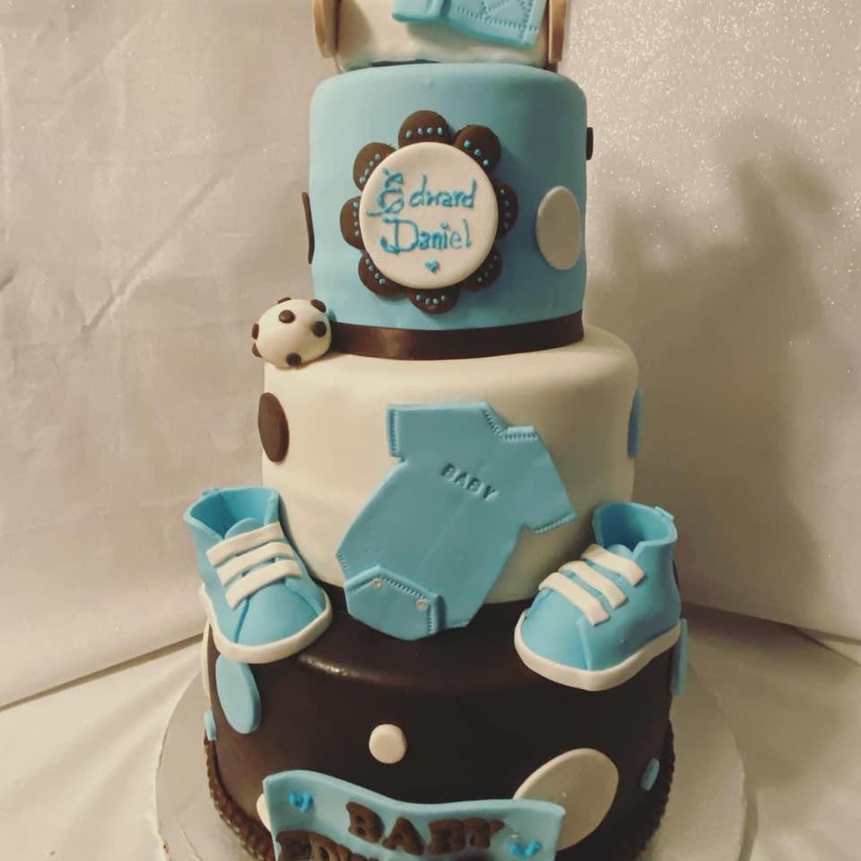 Babyshower cake Chocolate color