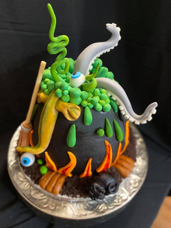 Witches Cauldron1n