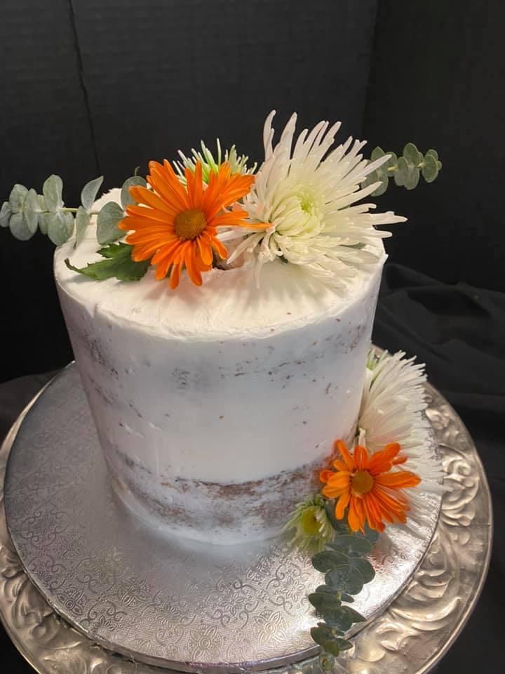 Orange Daisy Cake
