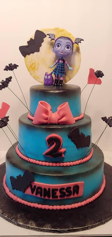 Vamperina Cake