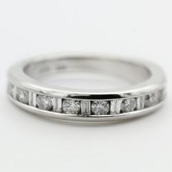 Elegant Round Platinum Ring
