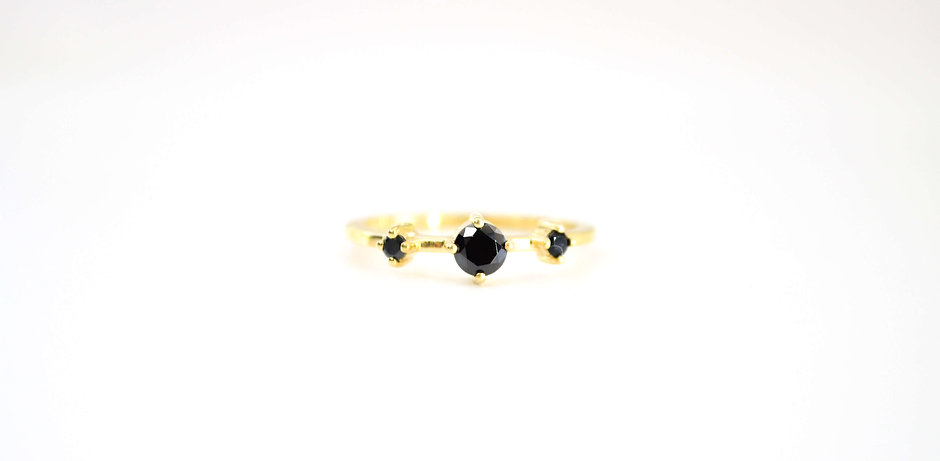 Black Opaque Cluster Ring, 18kt Gold Vermei (plated)
