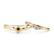 18kt Yellow Gold Wedding Bands