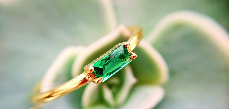 Olivine Baquette Ring, 18kt Gold Vermei