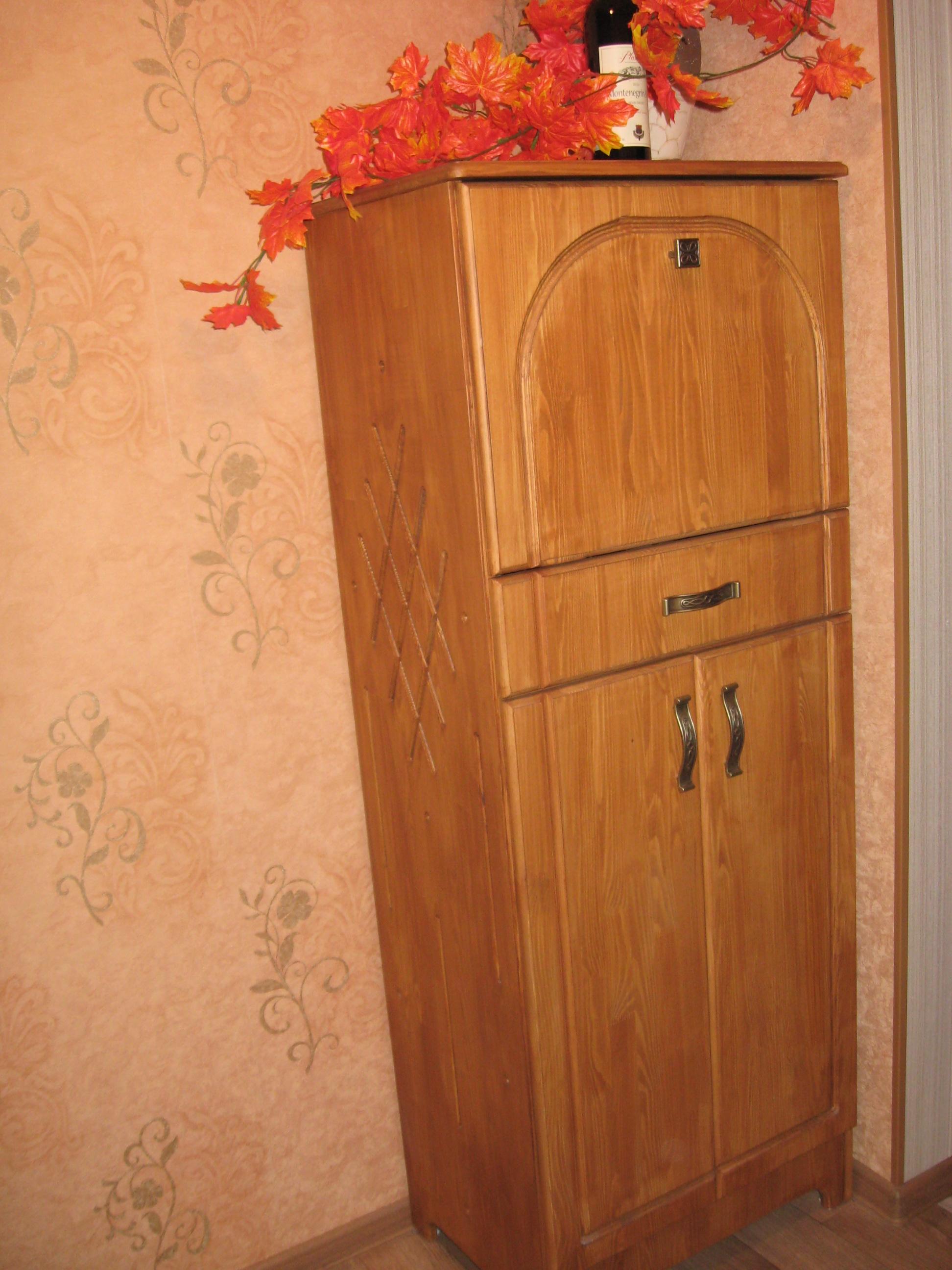 винный шкаф