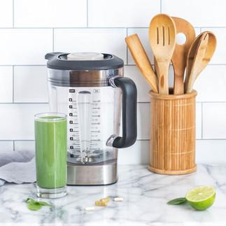 Pistachio Green Spinach Smoothie (Dairy-free)