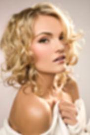 Milwaukee wedding makeup artist. Milwaukee hair stylist. Bridal Makeup. Bridal hair. Wedding Makeup. Wedding Hair.