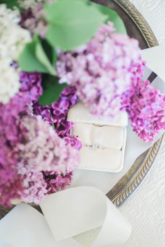 Lilac Wedding Inspiration [Wedding Styled Shoot][Spring Wedding Inspiration]