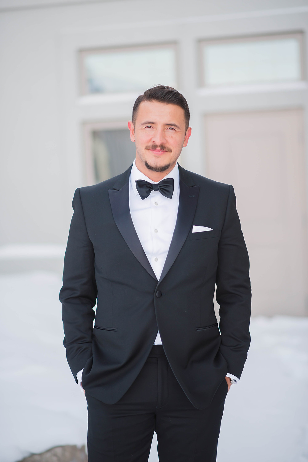 classic groom suit and bowtie