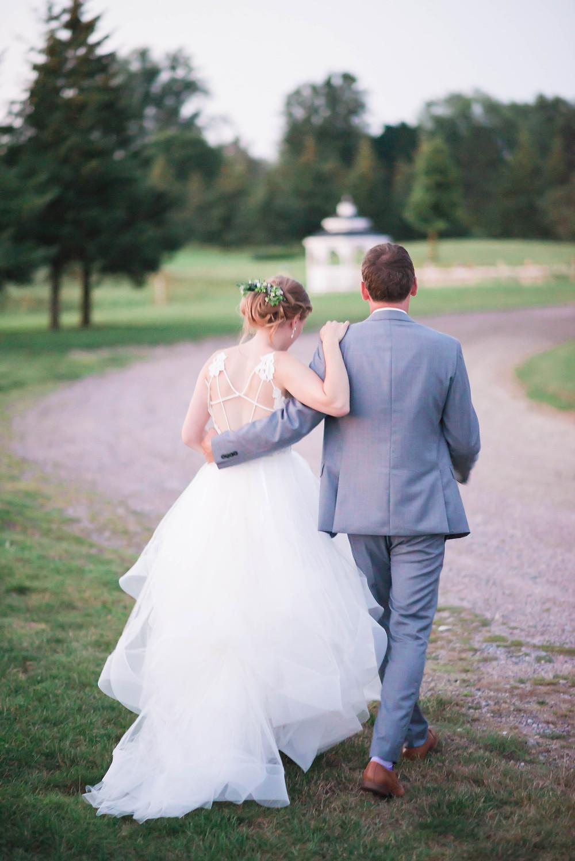 dusk wedding pictures
