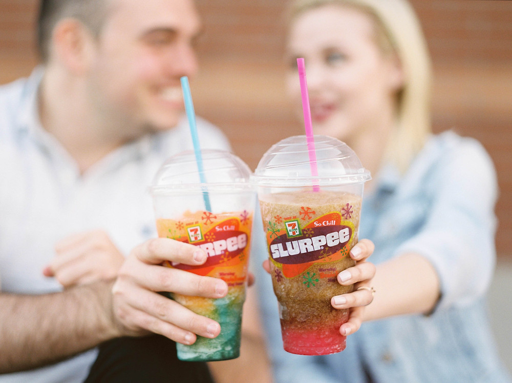engagement pictures at 7 eleven