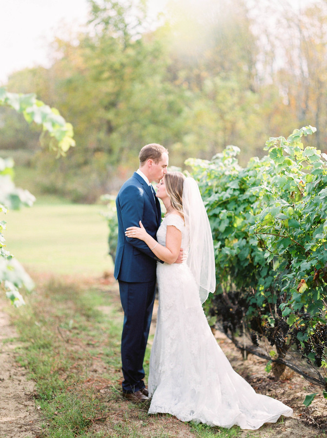 Burning Kiln Winery Wedding [Fall Wedding][Norfolk County Wedding Photographers]