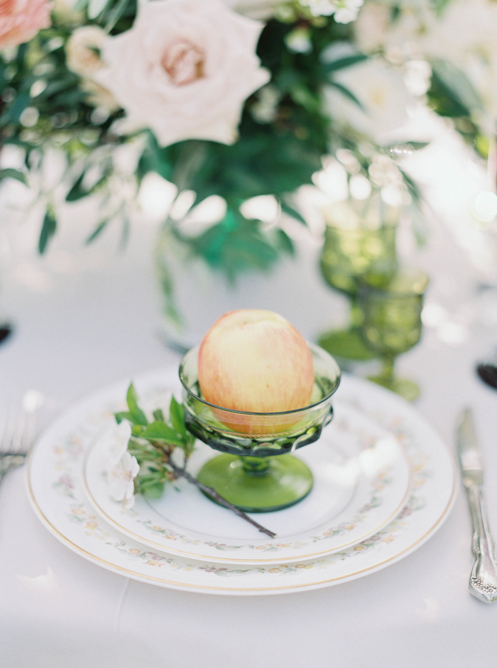 fine china wedding decor