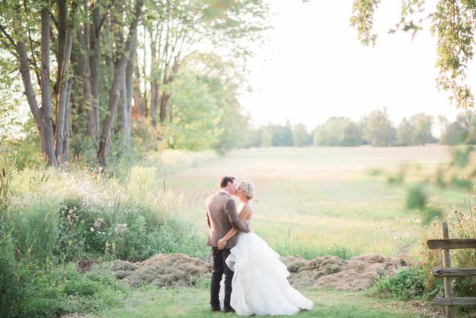 A Bright + Colourful Farm Wedding [Guelph Wedding Photographers][Outdoor August Wedding]