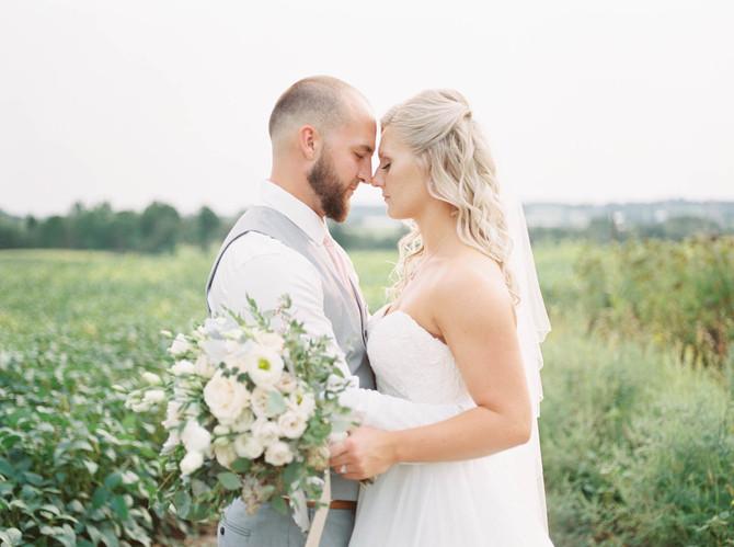 Elora Farm Wedding [Elora Wedding Photographers][Outdoor Weddings Elora]