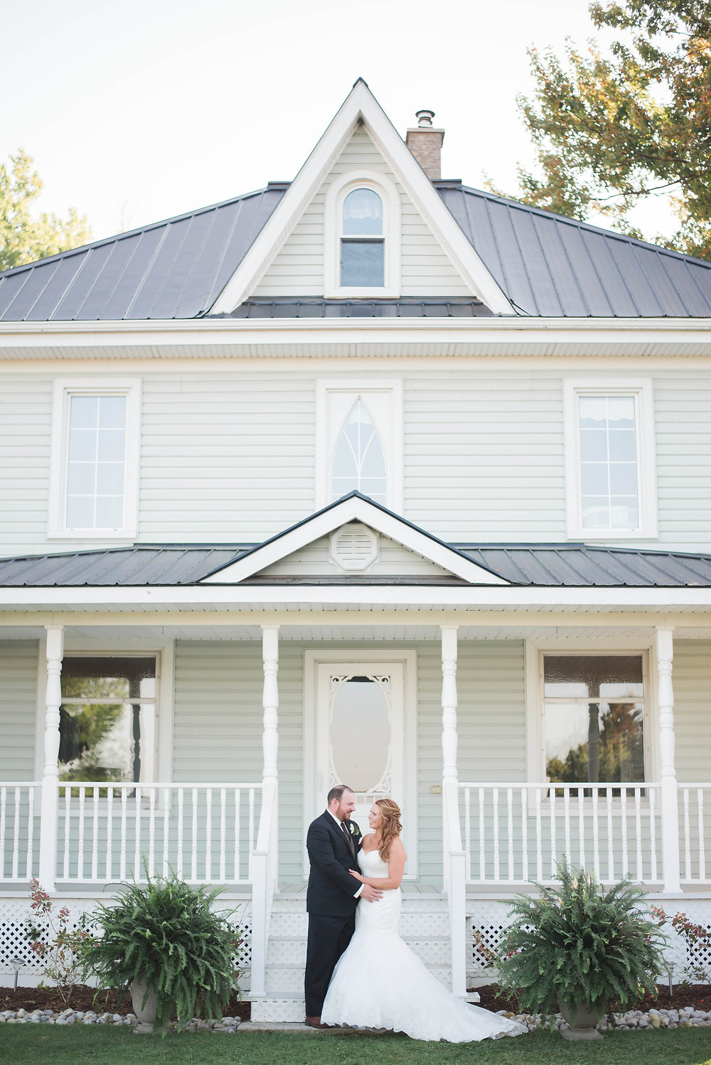 ontario farmhouse wedding