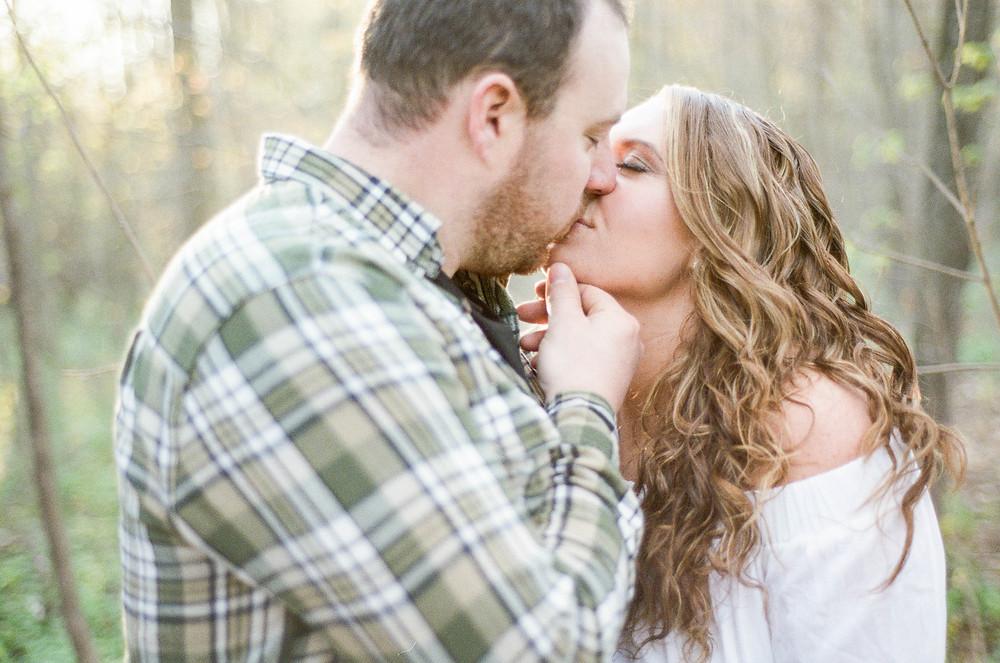 romantic engagement photo