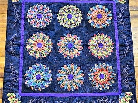 Full Plates Quilt by Bethany Reynolds