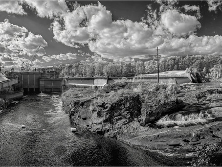 180 Degree Infrared Panorama from the Wood Bridge by Craig Snapp