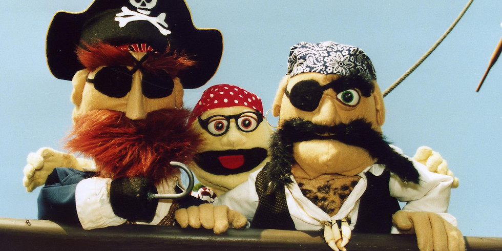 """Frogtown Mountain Puppeteers' 4 pm """"Everybody Loves Pirates"""""""