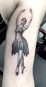 danseuse tattoo.JPG