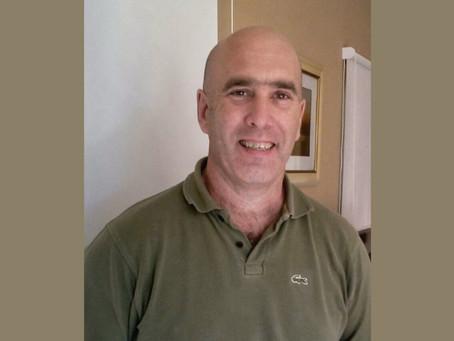 Dr. Gustavo E. Peix