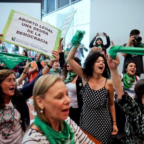 ¿Qué dice la economía sobre la legalización del aborto?