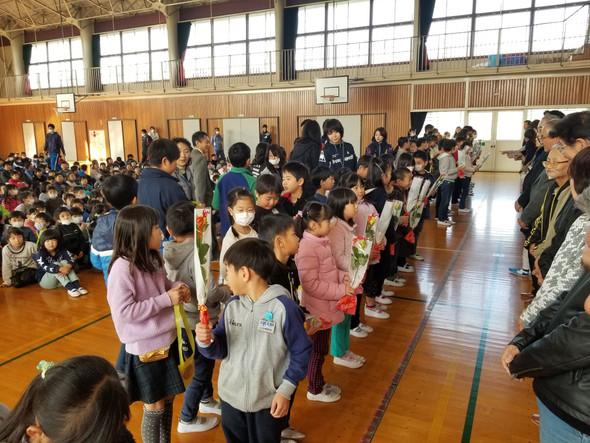 🌻間々田東小学校生徒による感謝会