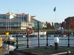 Princes_Quay_Shopping_Centre,_Hull_-_geograph.org.uk_-_1772907