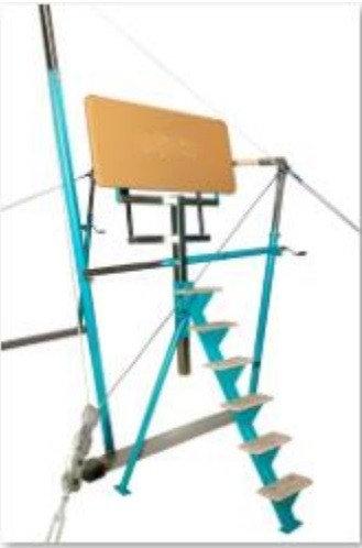 Height adjustable spotting platform for uneven bars