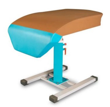 Competition vaulting table one leg