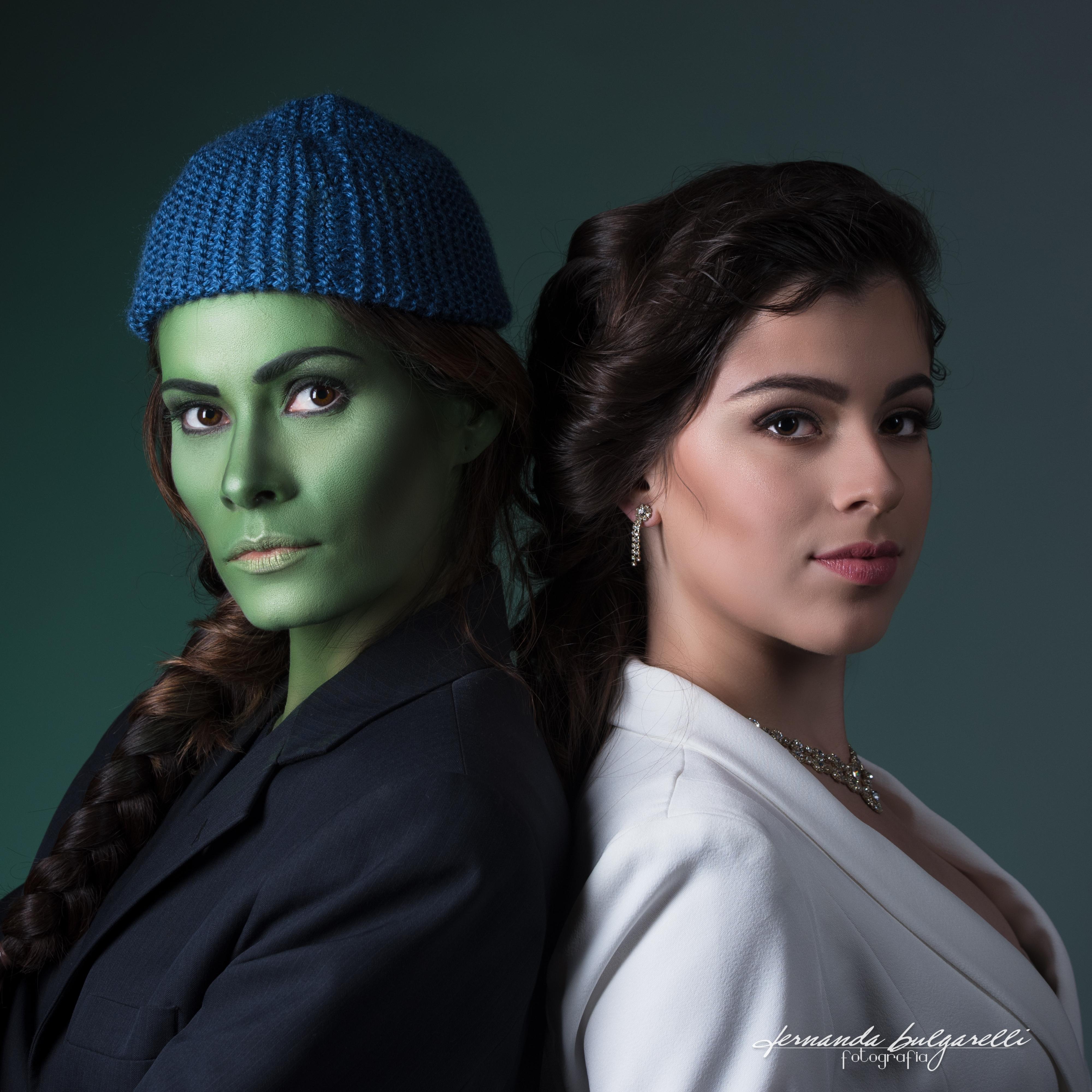 ENSAIO ARTÍSTICO - MICHELA E HELENA