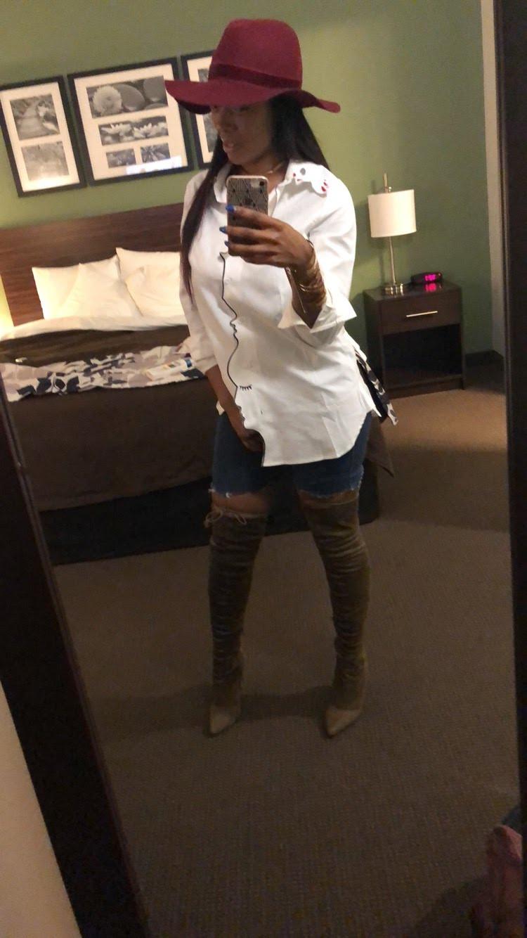 Feb. 2018 Boots (Miss Lola)