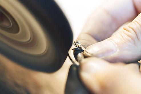 Reparos pinça especialidade