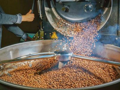Khám phá các thuật ngữ chuyên môn thường dùng khi rang cà phê