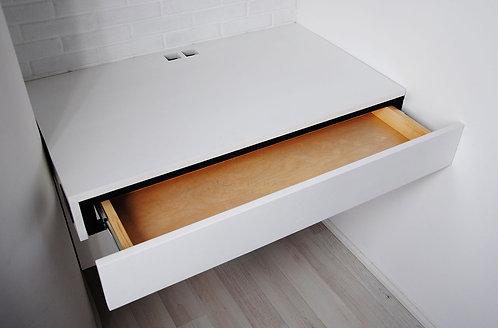 Настенный компьютерный сто
