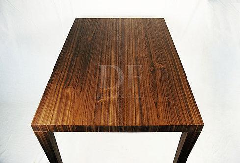 Кухонный стол «Американский Орех» №1 из дерева
