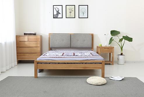 北歐白橡木雙人實木床配軟枕