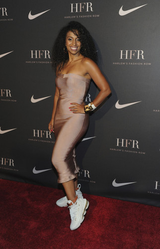 CHLOE ARNOLD RED CARPET LEBRON JAMES HFG