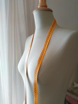 mannequin Lavigne & metre ruban. Atelier C'prime