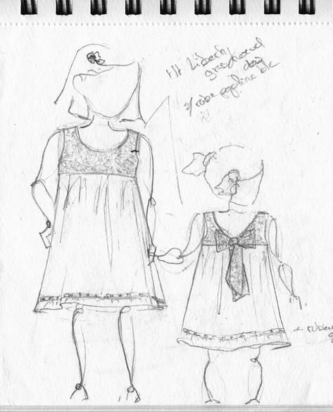 Croquis robes de bâptème pour deux soeurs.