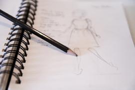 Zoom sur le carnet de croquis de Vanessa Gastou - La styliste.