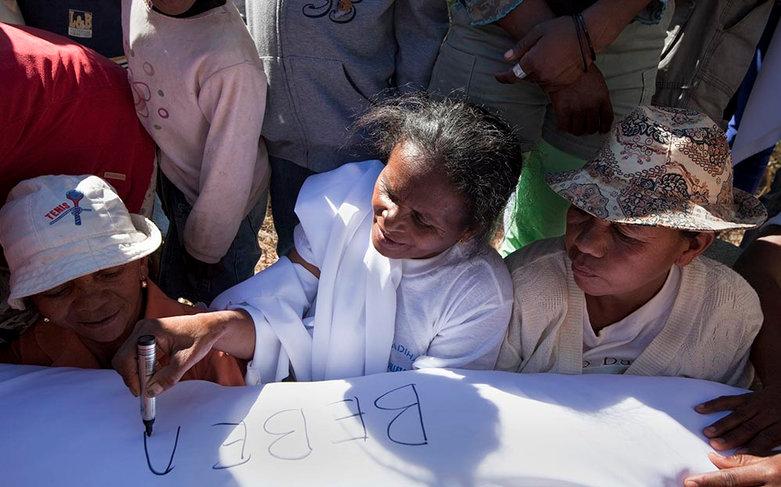 Turning of the Bones, Madagascar