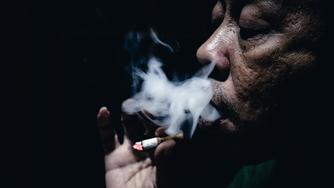 Las desigualdades sociales y de género afectan al porcentaje de consumo de tabaco