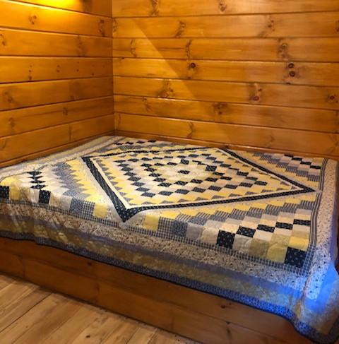 cottage 6 bed.JPG