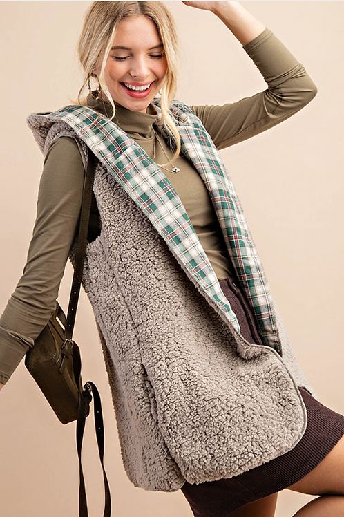 Sherpa Hooded Vest Green Plaid
